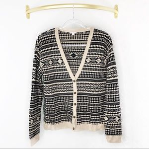 💜Gap V Neck Pattered Cardigan